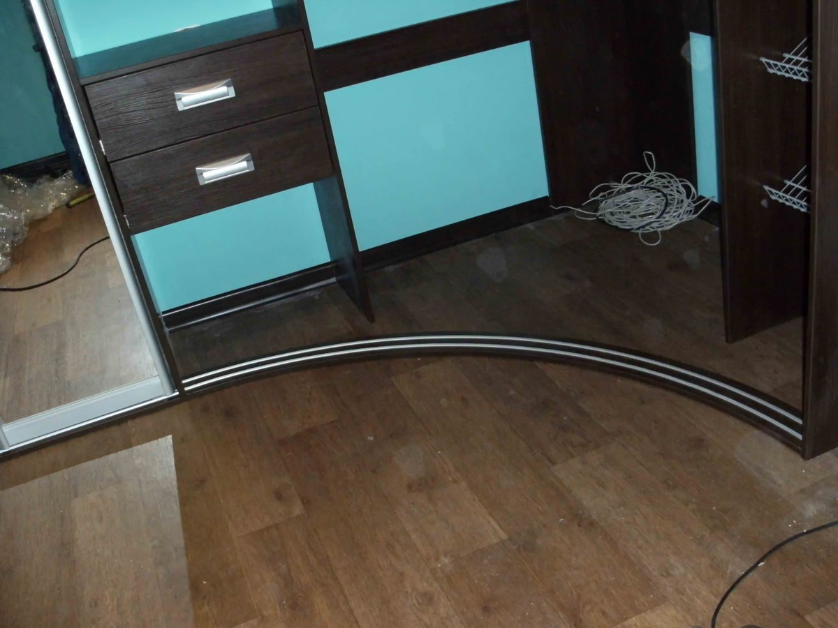 Изготовление радиусных шкафов и дверей купе - мебель на зака.